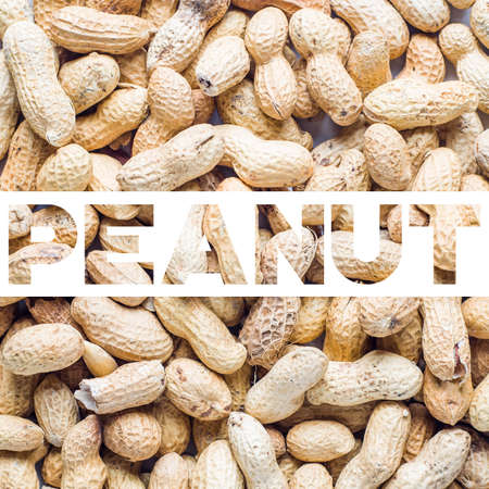 Background of the raw peanuts Stock Photo - 129143695