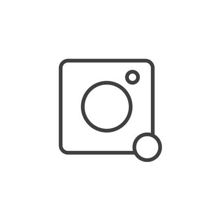 Photo camera notification line icon. linear style sign for mobile concept and web design. Camera message notice outline vector icon. Symbol, illustration. Vector graphics Çizim