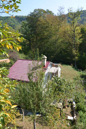 Вид на дом в горах. Сочи Россия