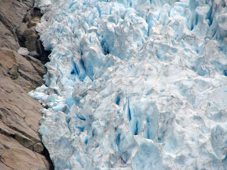 Glacier Briksdal, Norway Фото со стока - 101748371