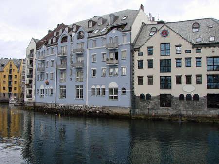 Alesund harbor Norway Фото со стока - 101725193