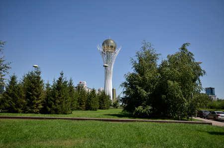 WATER-GREEN BOULEVARD, ASTANA, KAZAKHSTAN JULY, 2015: View of the monument Bayterek, symbol of Kazakhstan Редакционное