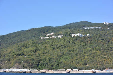 YALTA, CRIMEA - SEPTEMBER 6, 2017: View of the outskirts of Yalta 報道画像