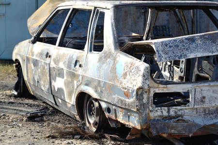 la quemada: coche quemado, el total de Foto de archivo