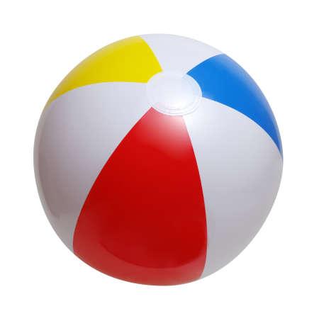 在白色背景隔绝的海滩球