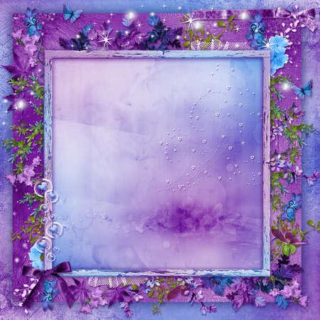 cartoline vittoriane: Bellissimi fiori su una carta sfondo viola con cuori per San Valentino s