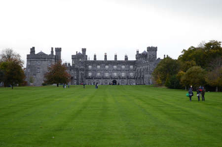 Kilkenny Castle Landscape view from the Garden, Ireland Editöryel