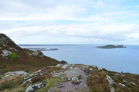 Rocky Mountain Walking Track by the Sea Coast in Ben of Howth, Ireland Stok Fotoğraf