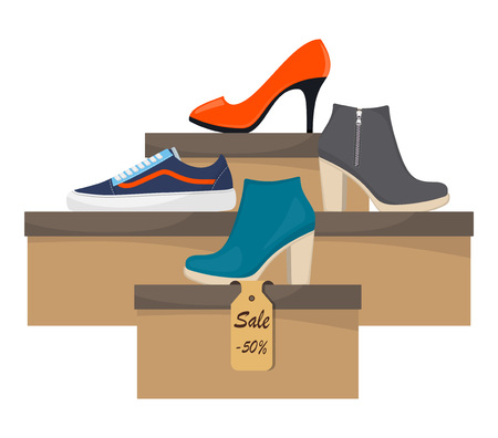 Schoenendozen met vrouwenschoeisel. Stijlvolle moderne sneakers, hoge hakschoenen vrouw op doos, zijaanzicht. Het prijskaartje met korting van 50 procent.