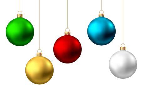 Bolas de Navidad realistas rojas, doradas, verdes, azules, plateadas aisladas sobre fondo blanco. Decoración del árbol de Navidad del vector.