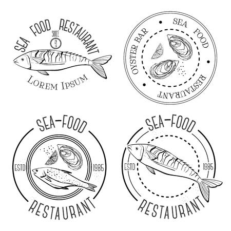 Hand getekend. Reeks uitstekende vismarkt of restaurant logo, labels, emblemen en ontworpen elementen