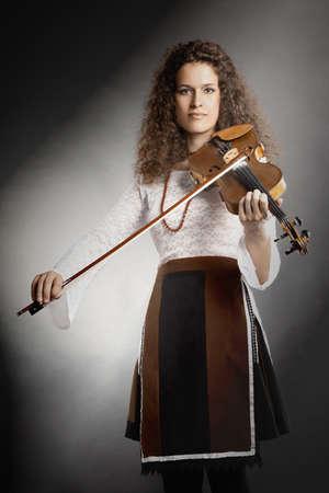 musica clasica: Viol�n violinista jugador que juega la m�sica cl�sica