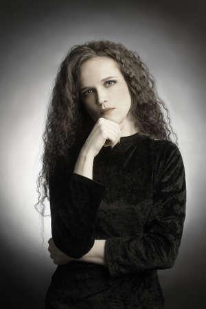 elegante: Jeune femme joli portrait romantique. Banque d'images