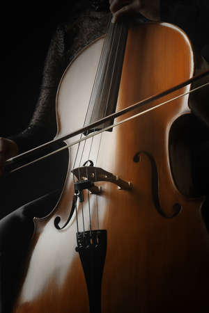orquesta clasica: Cello instrumento musical primer violonchelista. Cl�sico instrumentos de orquesta