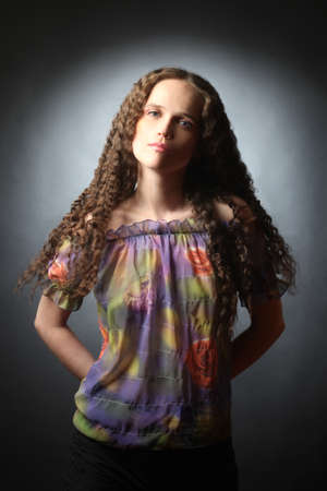 elegante: Jeune femme été mode printemps
