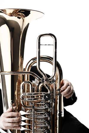 Tuba messing instrument. Wind muziek instrument Orkest bass hoorn geïsoleerd op wit