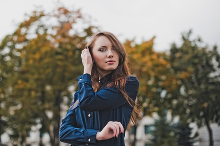 自信の女の子の肖像画。 写真素材
