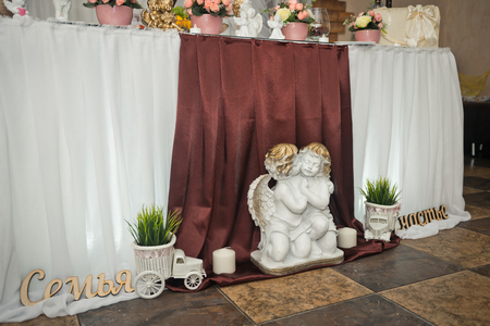 The elements of decoration of the celebration hall for the wedding. Stockfoto