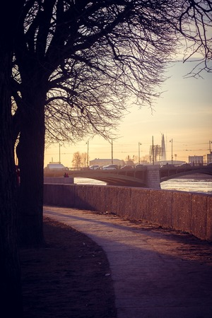 Spit of Vasilyevsky Island at sunset. St. Petersburg downtown. City sights. Evening in the city 版權商用圖片