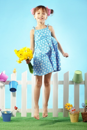 salto de valla: Estudio de retrato de niña linda niña de Pascua serie