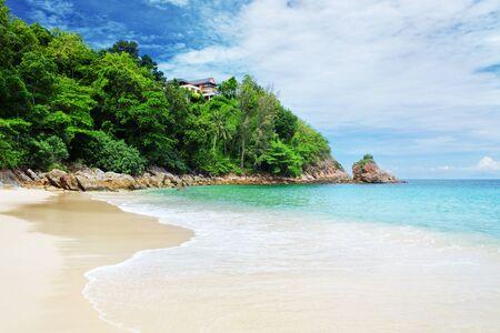 beautiful weather: Beautiful tropical beach, blue sky and sea waves, good weather