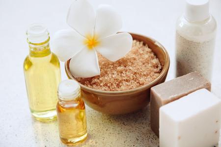 jabon: Decoración del balneario, productos de baño orgánicos naturales ajustado Foto de archivo