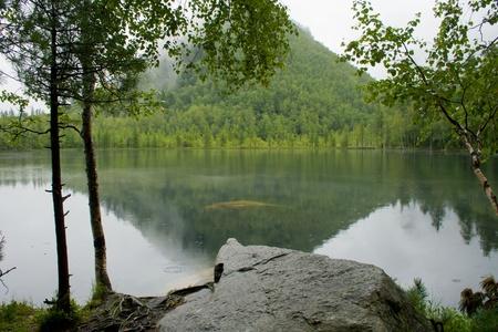 mountain lake Stock Photo - 11133239