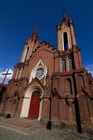 La iglesia cat�lica de estilo g�tico en la ciudad de Krasnoyarsk