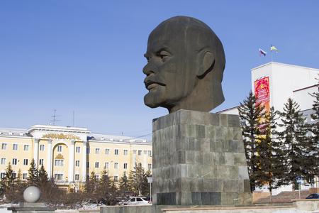 ulan ude: ULAN-UDE, RUSSIA - FEBRUARY 4: Biggest head - Monument to Vladimir Lenin on Fevruary 4, 2015 in Ulan-Ude.
