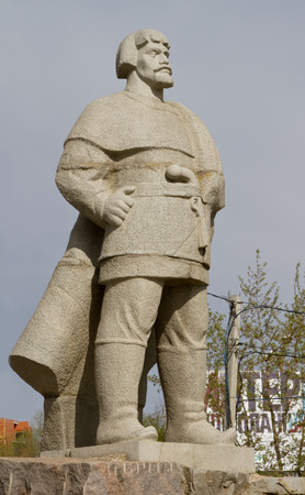 cossacks: SARANSK, RUSSIA - MAY 9: Monument to the Don Cossacks, the leader of the peasant war in Russia, Emelyan Pugachev on May 9, 2015 in Saransk.