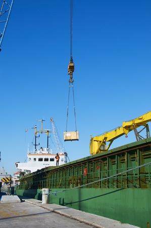 pulley: crane Editorial