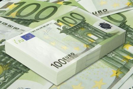 banconote euro: banconote da cento euro, soldi di carta