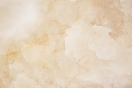 Slighty verschwommen aufgehellten Marmor Scheiben schneiden. Horizontale Bild. Warme Farben. Schöne Nahaufnahme Hintergrund. Ideal für Websites, Banner, Broschüren, Design Standard-Bild