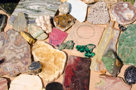 esoterismo: piedras semipreciosas y minerales