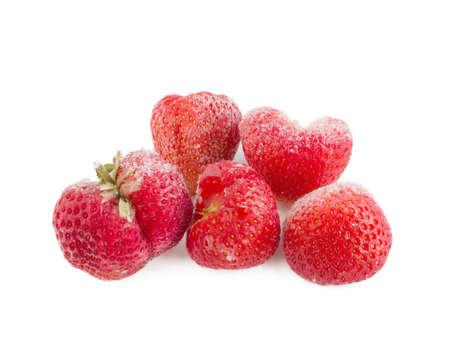 frozen big strawberries isolated on white background 版權商用圖片