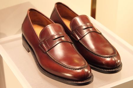 moccasins: Elegant italian style brown leather men shoes