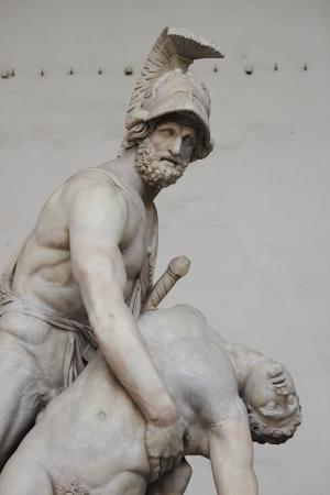 Estatua de Menelao héroe griego que sostienen Patroclo en Florencia, Italia Foto de archivo - 13700954
