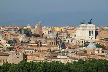 emmanuel: Panorama of Rome with Domes and National monument of Victor Emmanuel II Stock Photo