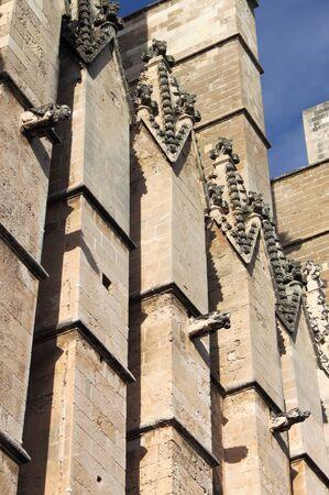 gargouilles: Gargoyles dans la cath�drale de Palma de Majorque, Espagne