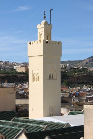 bab: Minaret of Mosque of Bab Boujloud in Fes, Morocco