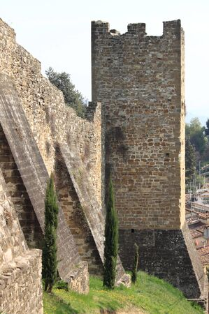 fortify: Fortified walls in Florence, Italy