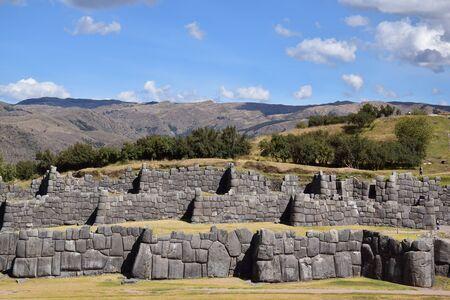 Muros en el sitio arqueológico de Sacsayhuaman Foto de archivo