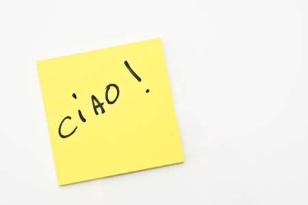 ciao: Yellow square Post it with  Ciao written on it