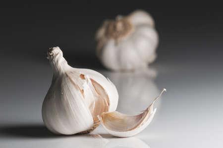 blood pressure bulb: Garlic ready for preparing traditional Italian food Stock Photo