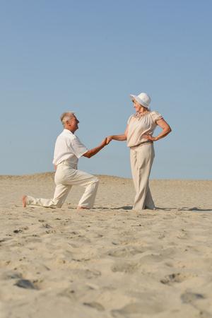 älteres Paar verliebt couple Standard-Bild
