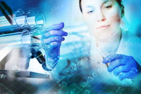 drug discovery: Provette primo piano, cristalleria medico