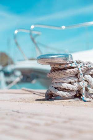 地中海で桟橋で port.docking でボートをドッキング 写真素材 - 36092951
