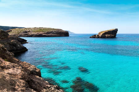 blue lagoon: La laguna blu su isola di Comino, Malta Gozov.