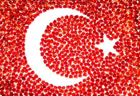 Turkish flag. Mosaic of ripe pomegranate seeds. Imagens