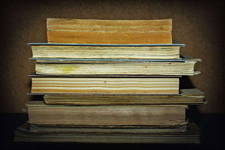 old books on wooden background 写真素材 - 128618112